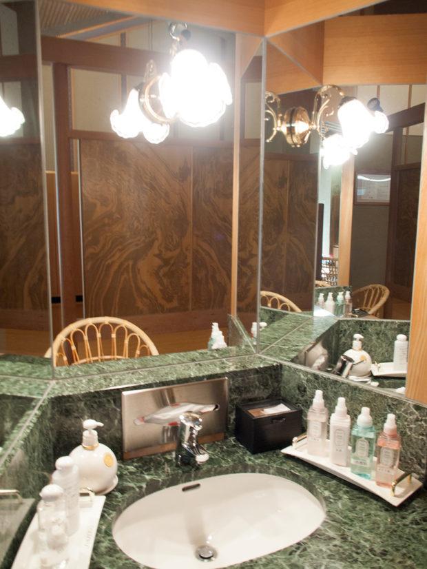 洗面台 大浴場