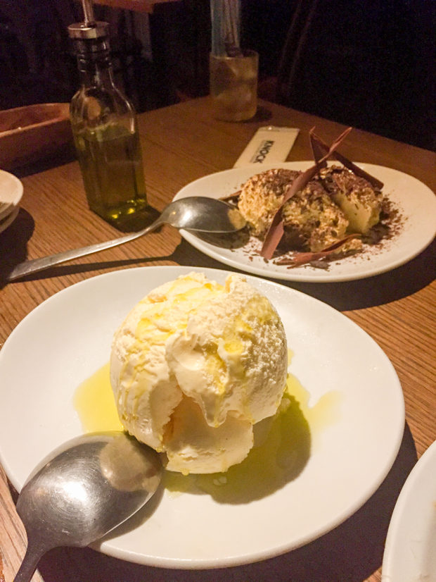 knock アイスクリーム オリーブオイル