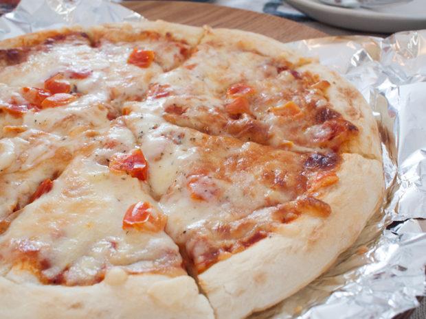 オイシックス 冷凍ピザ