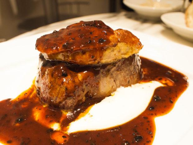 牛フィレ肉とフォワグラのソテー ロッシーニ