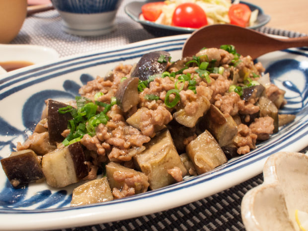 茄子とひき肉 炒め物