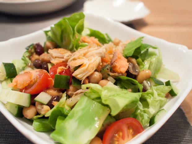 鮭 トッピング サラダ