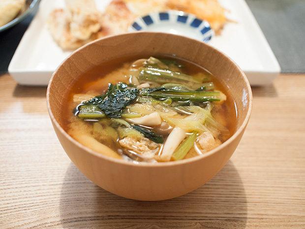 小松菜としめじの味噌汁