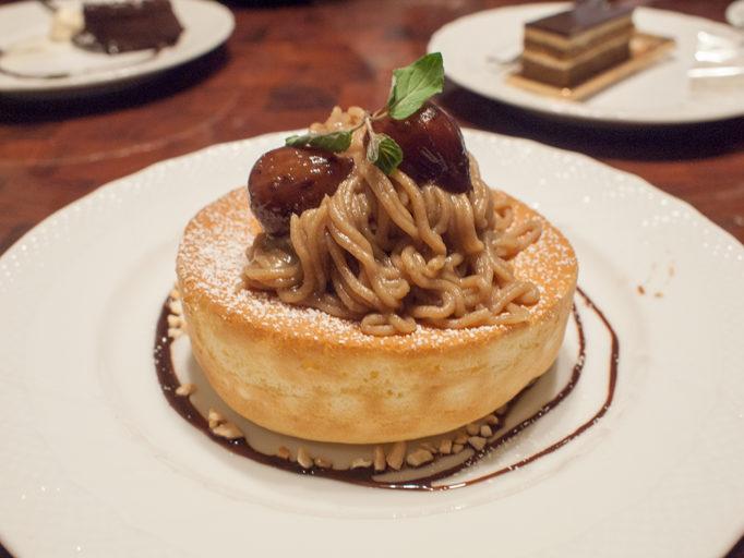 星乃珈琲 モンブランパンケーキ