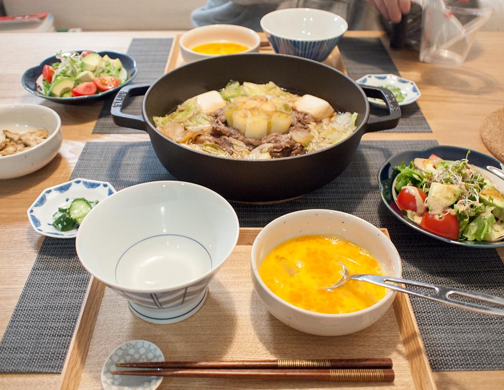 お鍋の日の食卓風景
