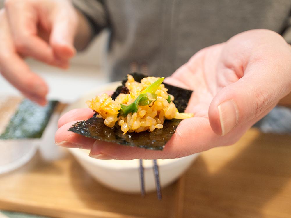 タッカルビのシメの炒飯と海苔