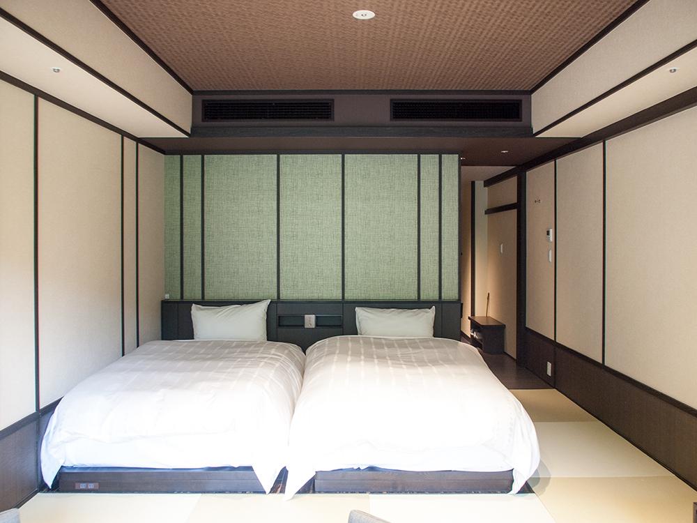 箱根天悠 標準客室のベッド