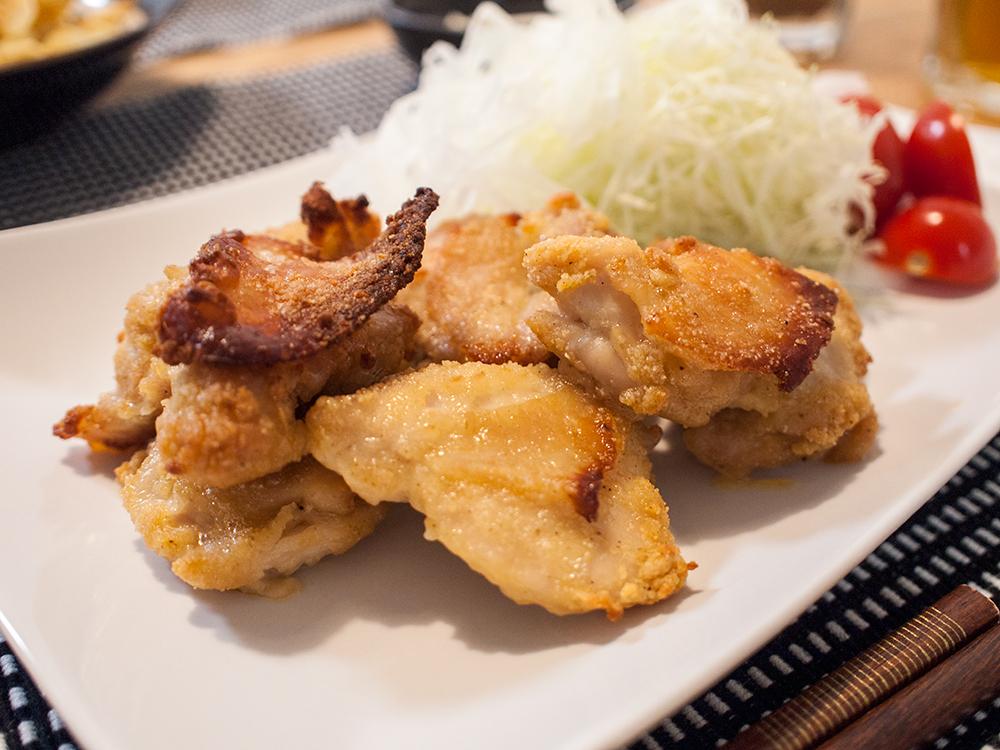 唐揚げ粉で作った鶏もも肉の揚げない唐揚げ