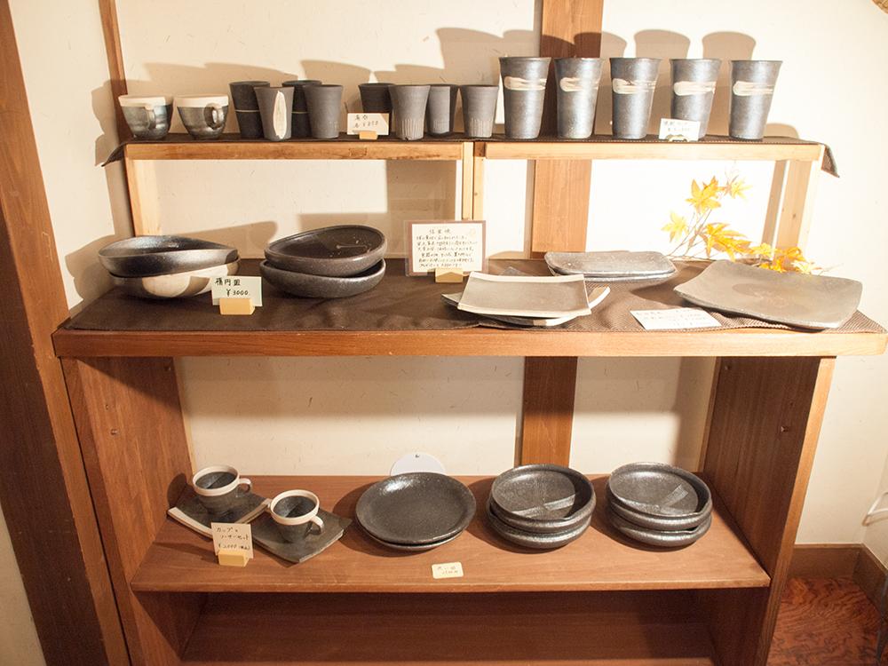 尚文お土産コーナーの陶器売り場