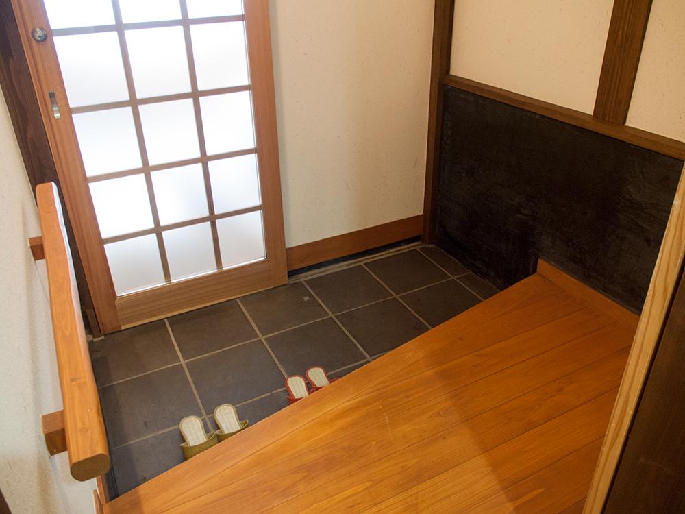 尚文の離れ 露天風呂付き客室の玄関
