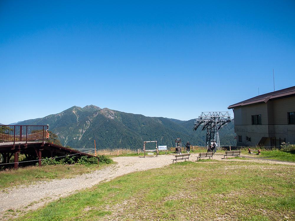 天神平駅付近の眺め