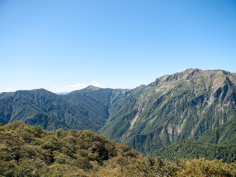 天神峠展望台からの眺め 谷川岳