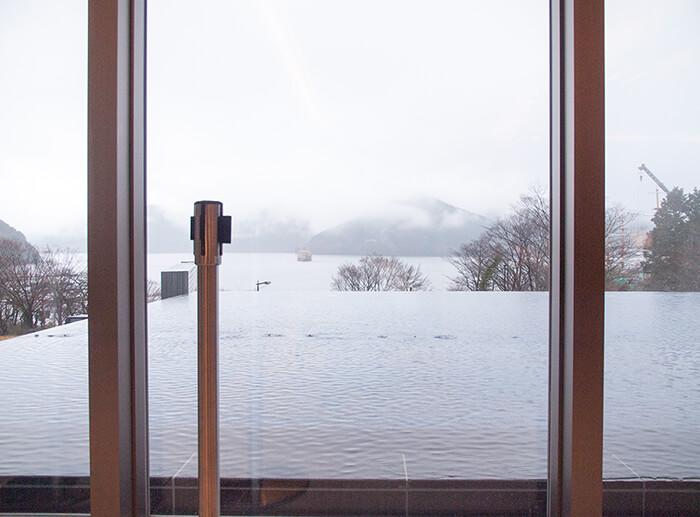 箱根 はなをり ロビーからみた芦ノ湖