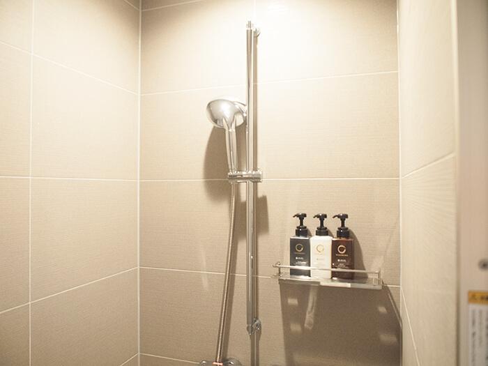 箱根はなをり客室のシャワールーム