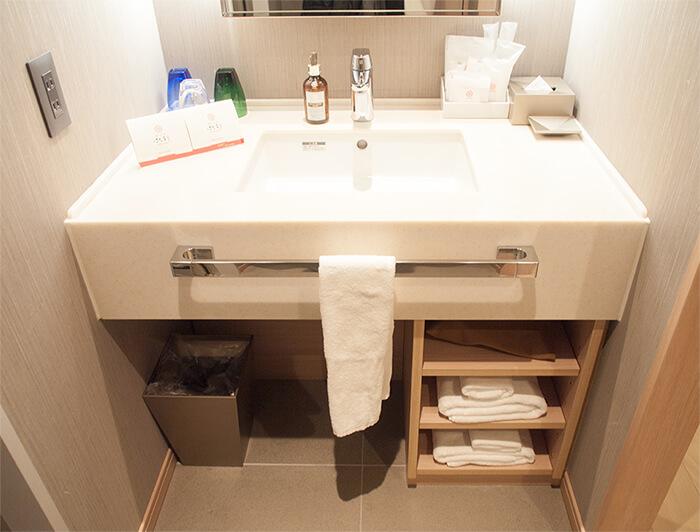 箱根はなをり客室の洗面所