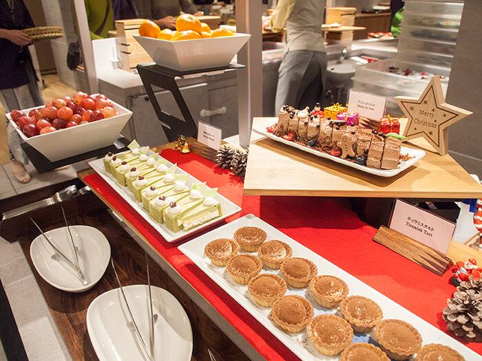 箱根はなをり 夕食ブッフェのデザートコーナー