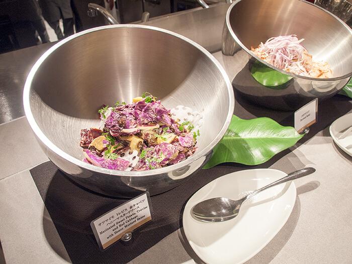 箱根はなをり 夕食ブッフェのサラダ