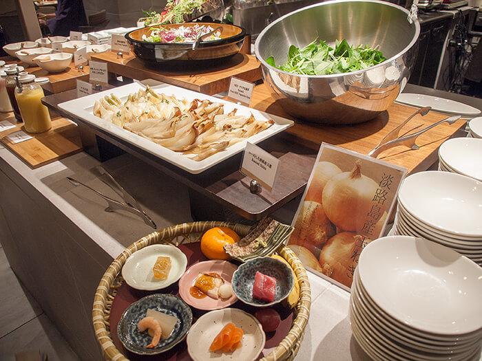 箱根はなをり 夕食ブッフェのサラダコーナー