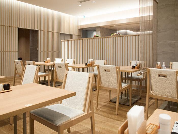 箱根はなをり レストランの内装