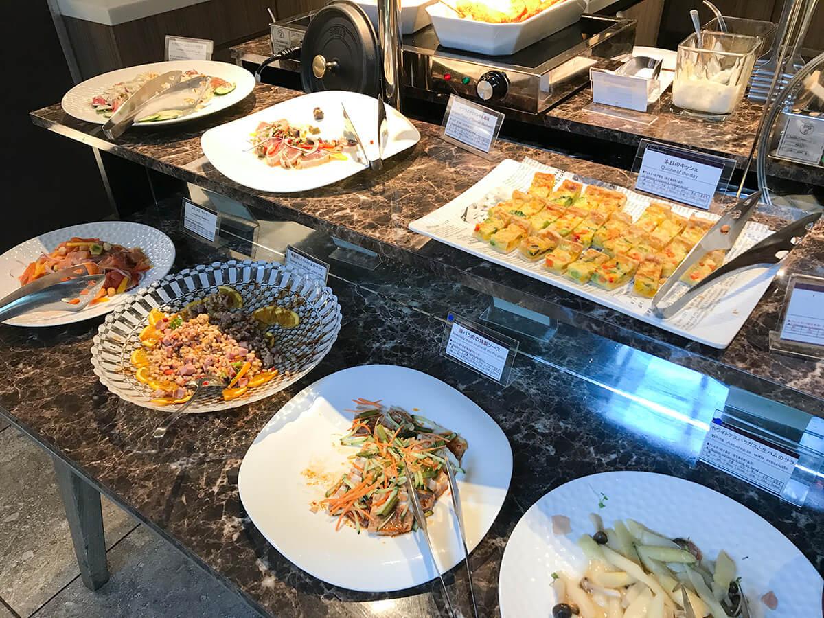銀座ホテルブッフェ、Buffet & Cafe GINZA SAI お料理台