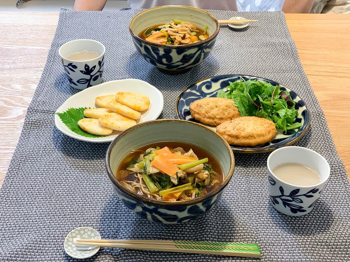温かいお蕎麦がメインの食卓