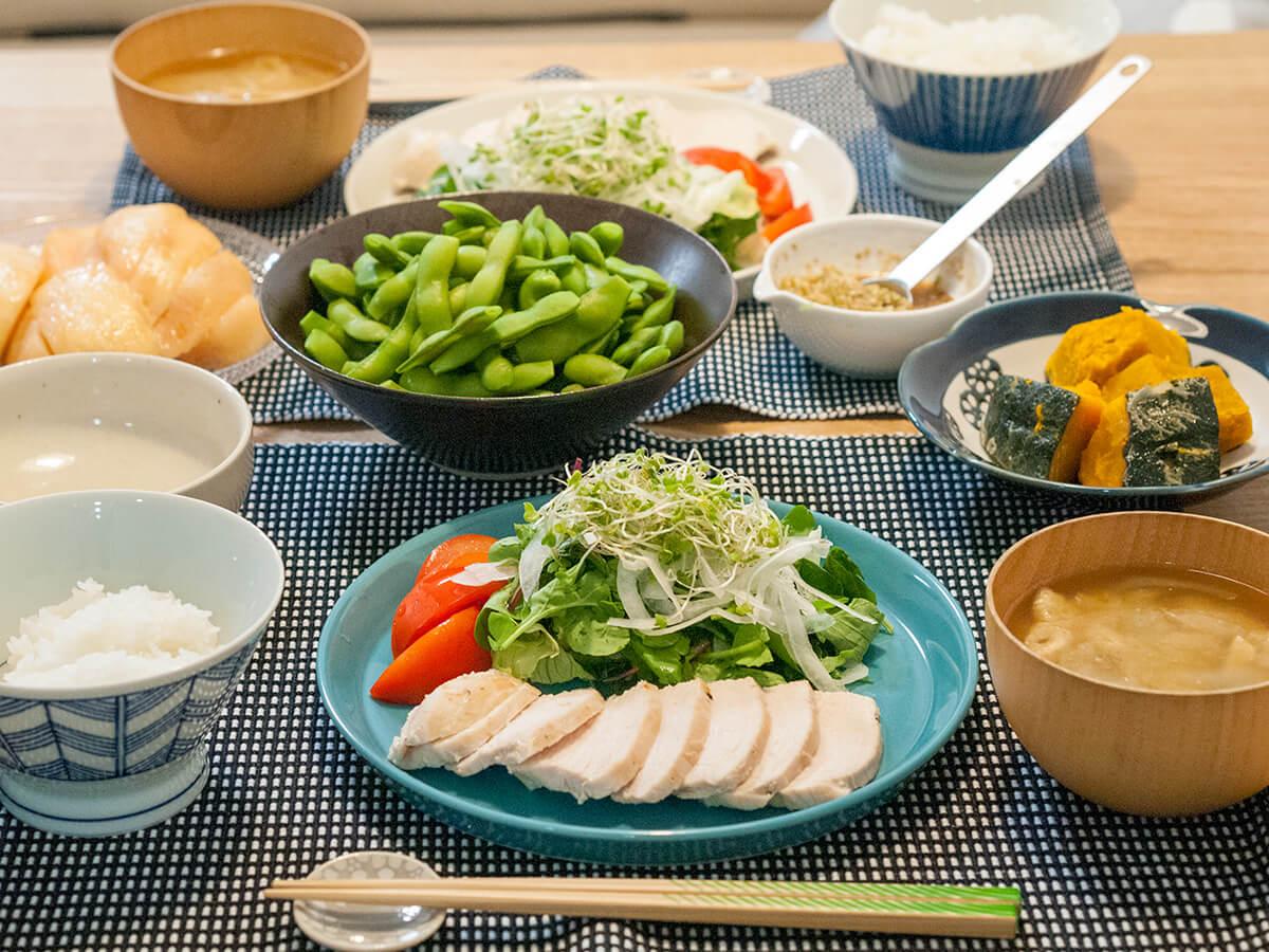 鶏胸肉のネギダレがメインの食卓