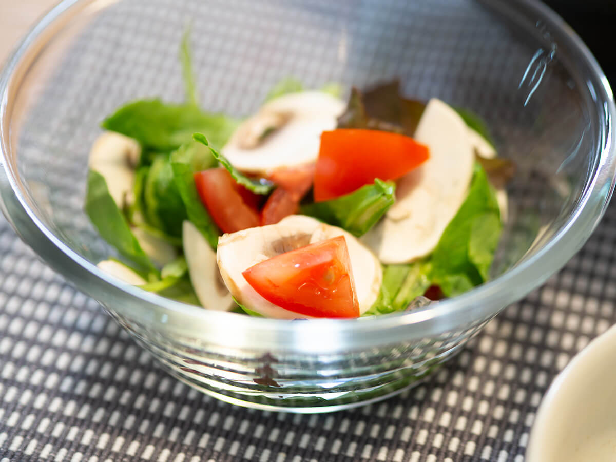 マッシュルームとトマトのサラダ