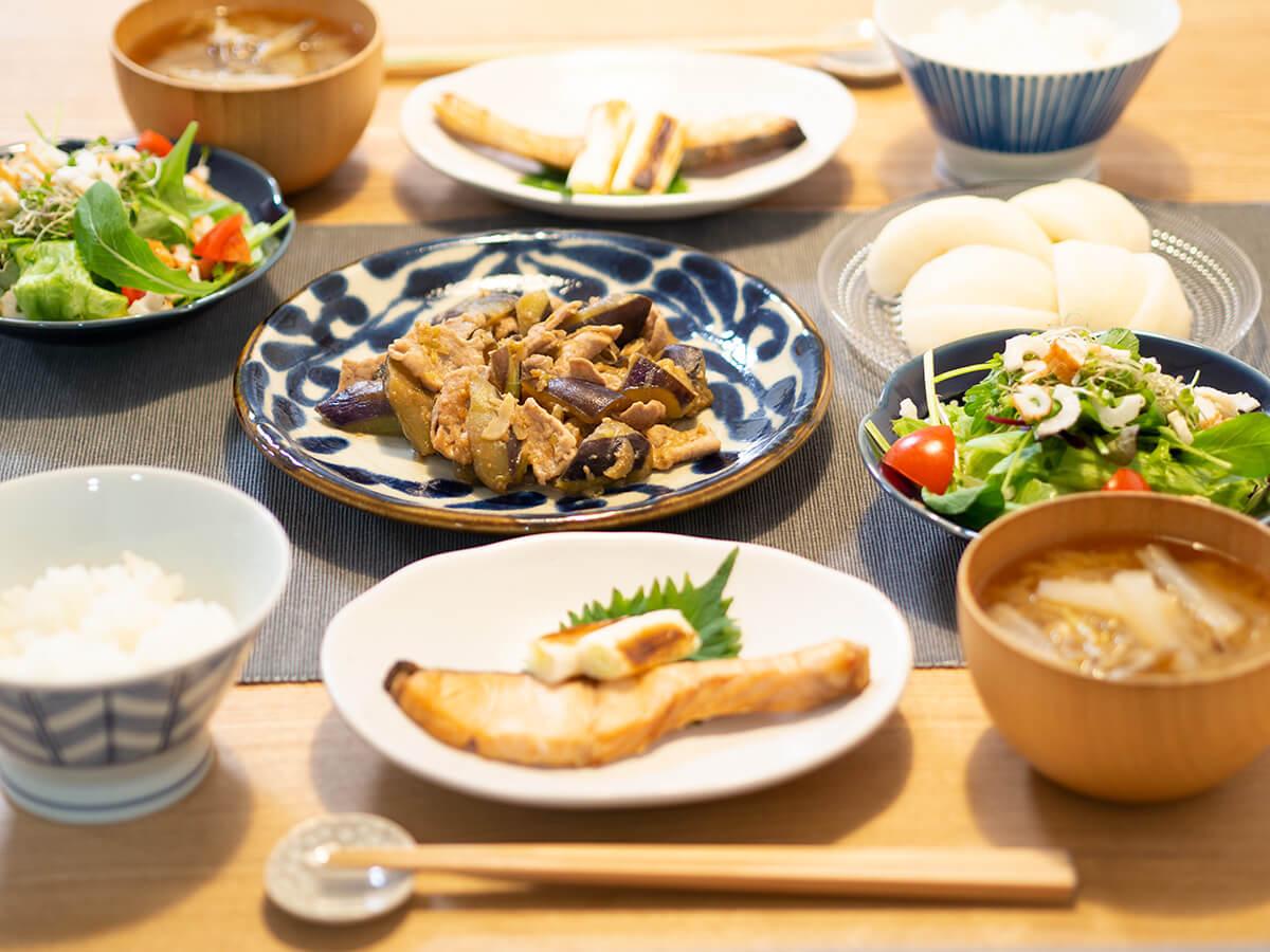 ナスとピーマンの味噌炒めと焼き鮭