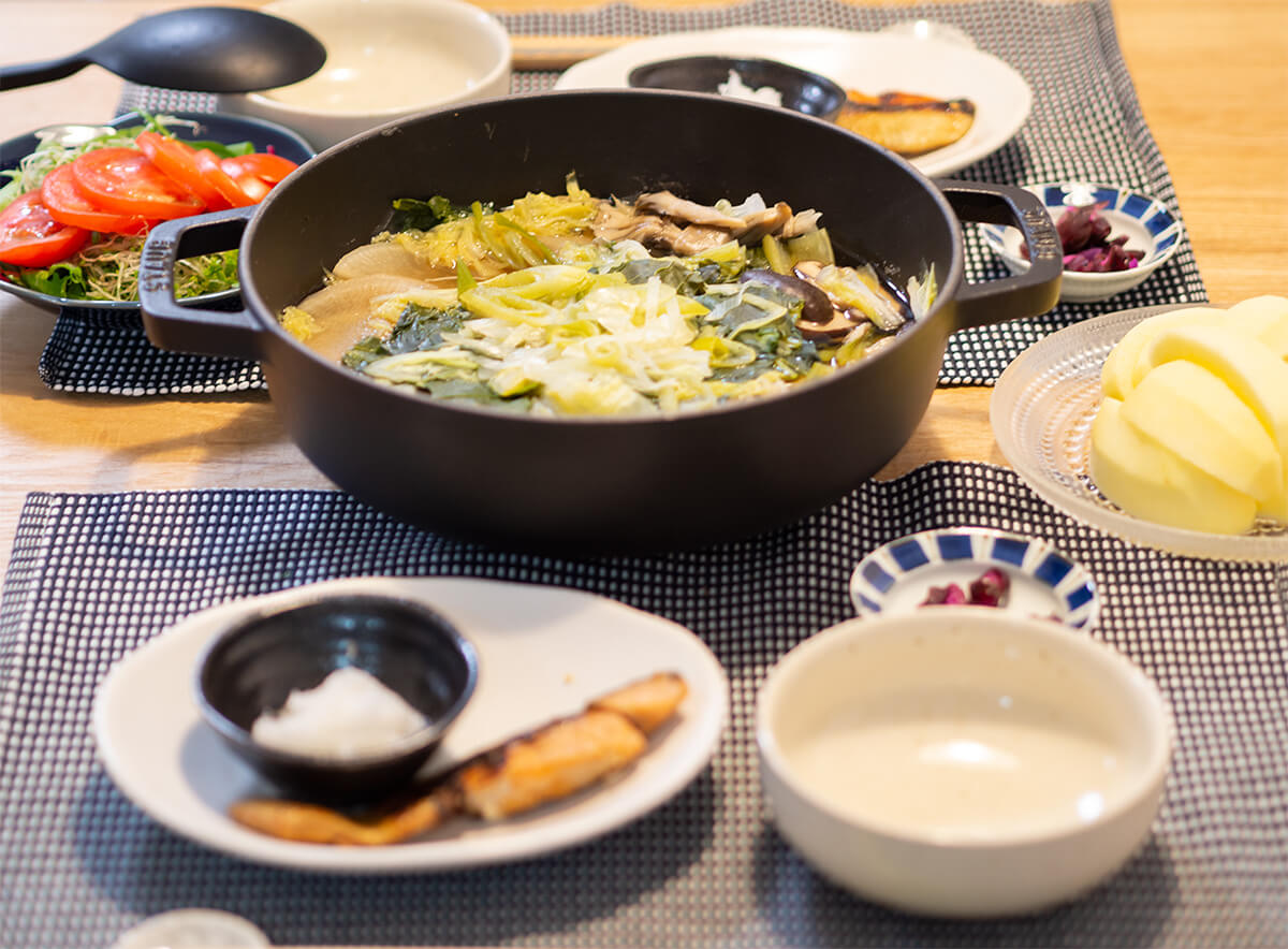 寄せ鍋と焼き鮭