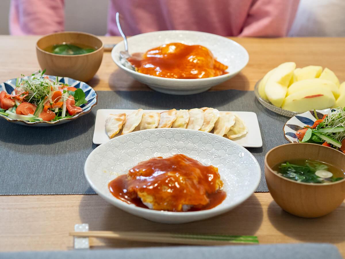 天津飯がメインの食卓