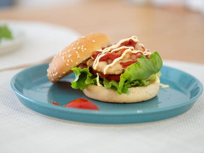 鶏胸肉のハンバーガー