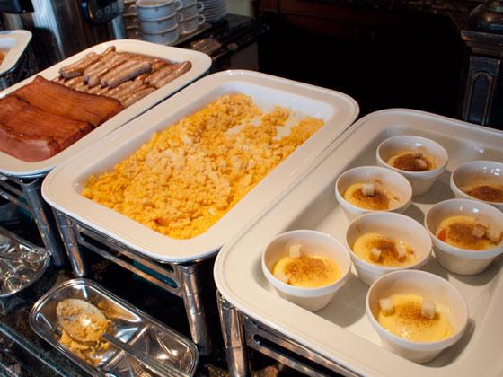 オチェーアノ朝食ブッフェ