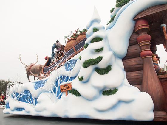 frozen_parade2016_14