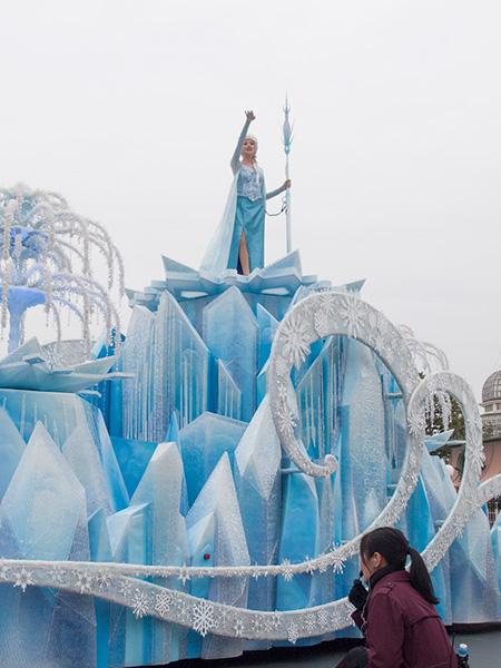 frozen_parade2016_8