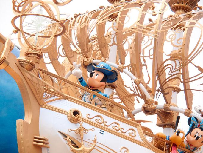 ディズニーシー 15周年 デコレーション ウィング・オブ・ウィッシュ号