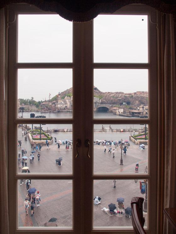 ハーバービュー 正面 部屋からの眺め