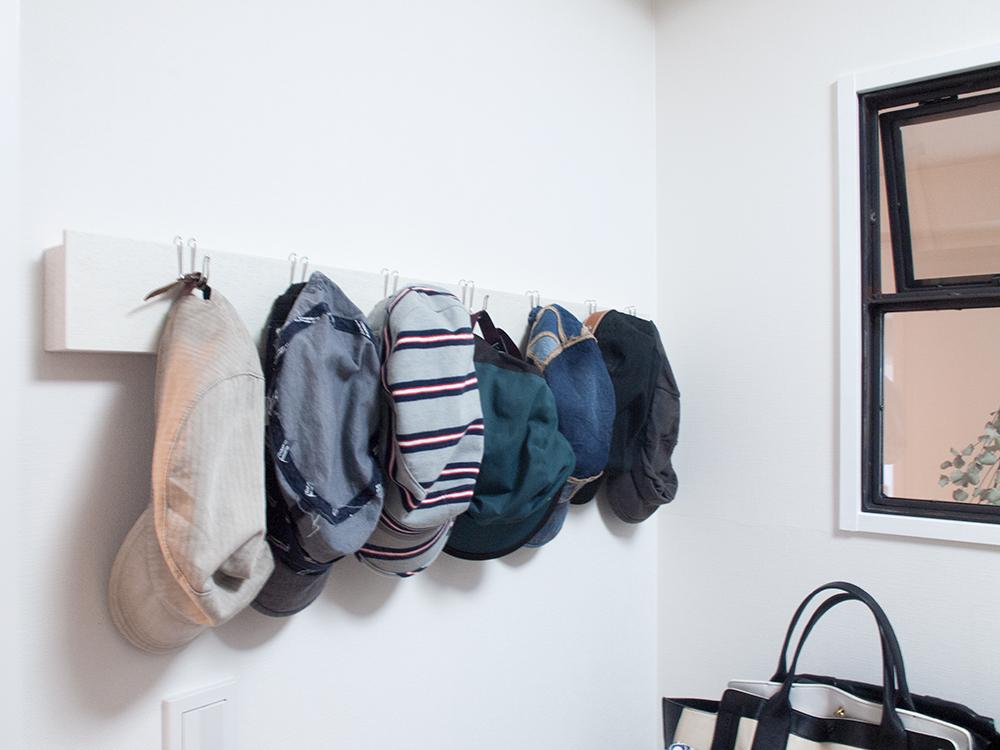 無印 壁に付けられる家具具 帽子