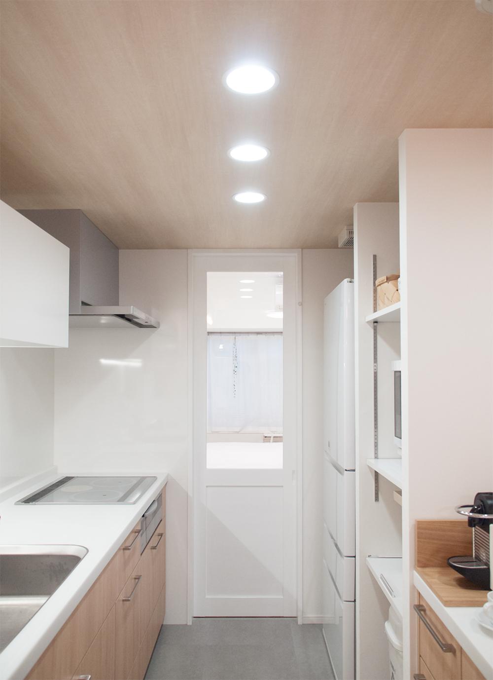 キッチン リノベ LED