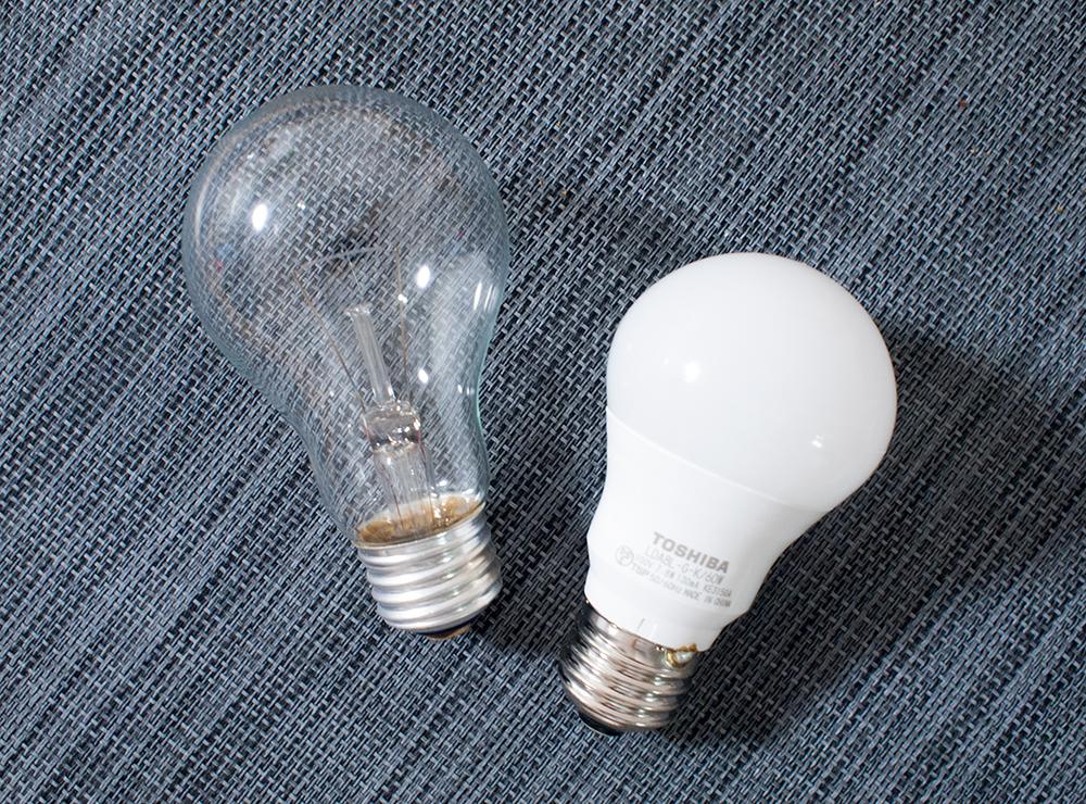 白熱電球とLED