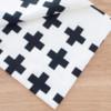 北欧テイスト十字柄の布
