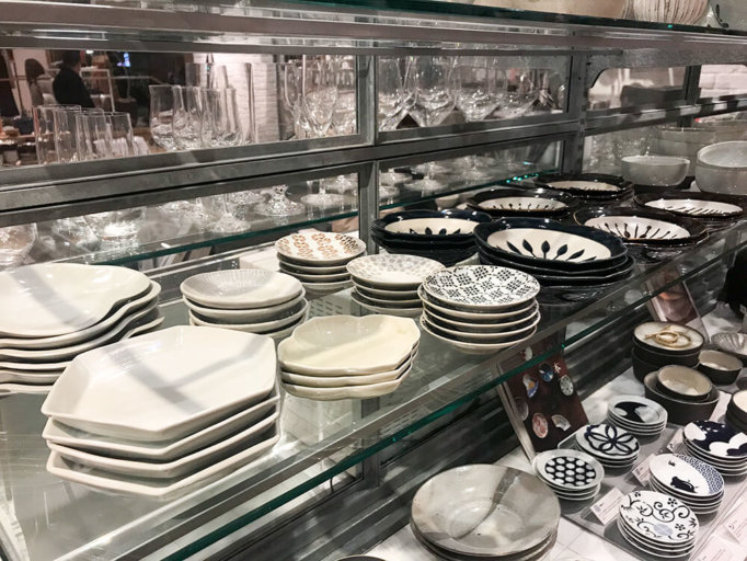 アクタスの食器売り場