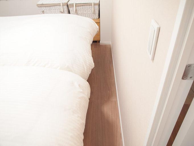 6畳にシングルベッドを2つ置いた時のベッド足元の通路