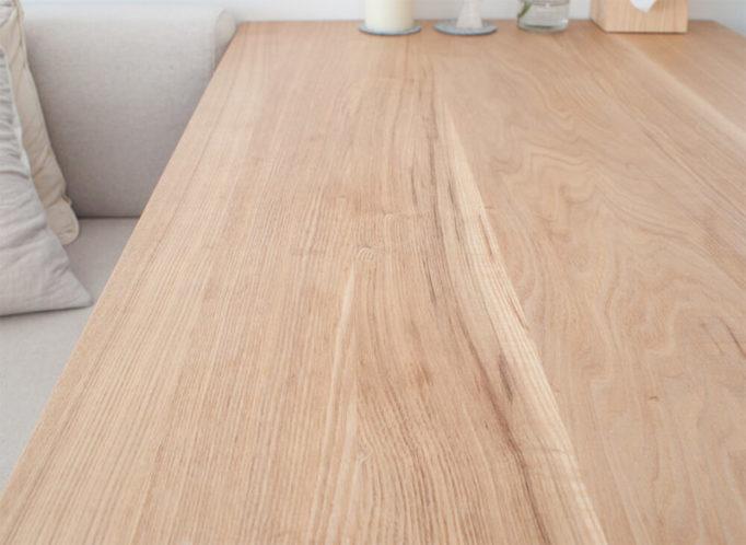 無垢テーブルの細かいシミ汚れ