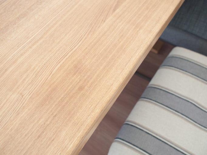 ハワードオレンジオイルで無垢テーブルのシミを落とした後